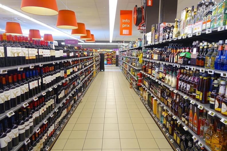 PROIECT: Marile magazine vor transmite lunar Consiliului Concurenței prețul alimentelor