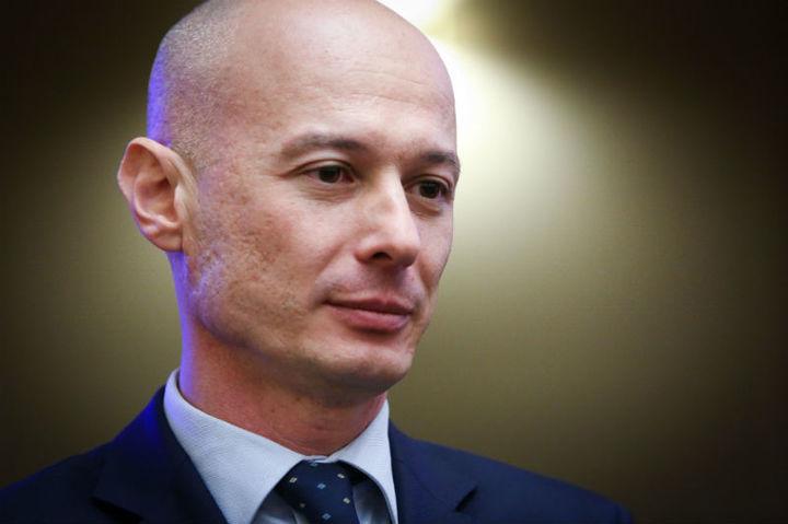 Viceguvernatorul BNR Bogdan Olteanu a fost reținut de DNA în dosarul lui Vîntu