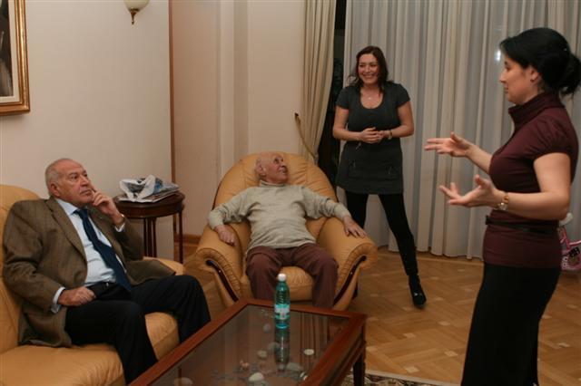 Fiscul le-a lăsat pe fiicele lui Voiculescu și pe Marian Iancu fără acțiuni la o fermă, respectiv fără o stație de carburanți
