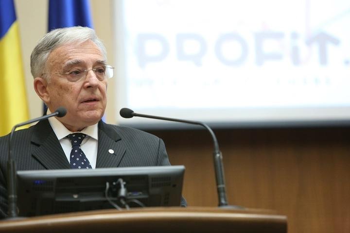 Isărescu: BNR ține rezerva internațională în străinătate, pentru că în țară nu ar avea nicio valoare