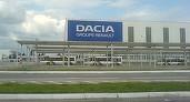 Angajați ai Dacia au protestat față de condițiile în care sunt transportați către și de la locul de muncă