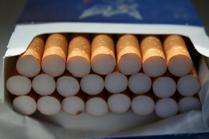 Producătorii de țigări așteaptă instalarea noului Guvern pentru a lua decizii privind prețurile în 2017