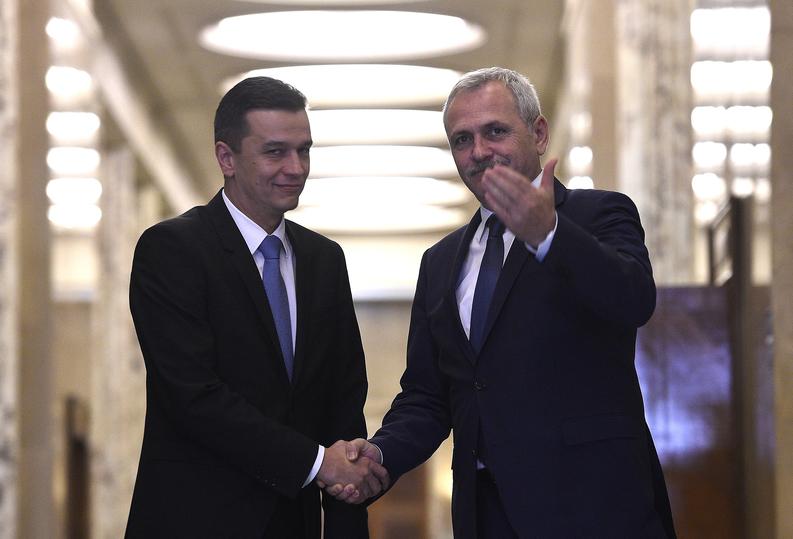 Grindeanu ia exemplul lui Boc și desființează Cancelaria de la Guvern, care va fi preluată de secretarul general