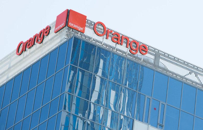 Orange Romania amână pentru 2016 lansarea serviciului de plată de pe telefonul mobil