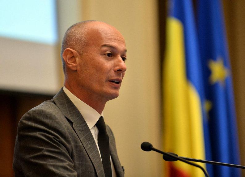 Olteanu, BNR, despre darea în plată: Aplicarea doar la consumatori, un pas important. Trebuie exceptată Prima Casă