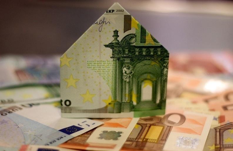 BCR: Darea în plată închide programul Prima Casă. 6 din 10 români care vor o locuință nu se vor mai califica