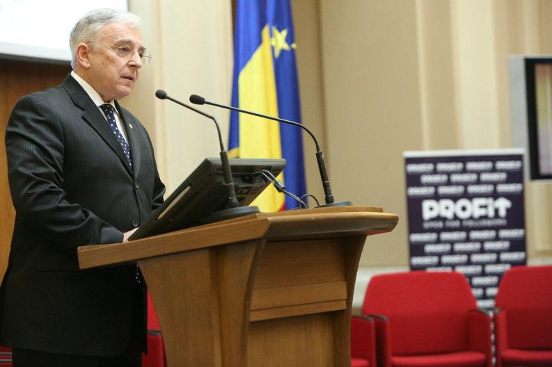 Isărescu: În 20 de ani, nu am văzut niciodată atâtea pericole la adresa stabilității economice și financiare a României