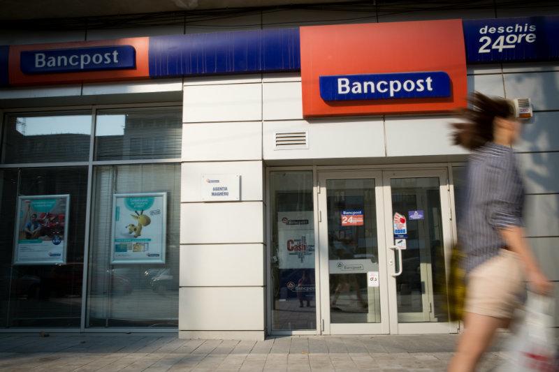 O veste proasteă pentru români. Decizie radicală luată de BancPost