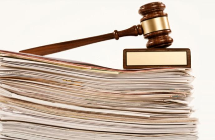Curtea Constituțională a respins ca inadmisibile două contestații ale băncilor la darea în plată