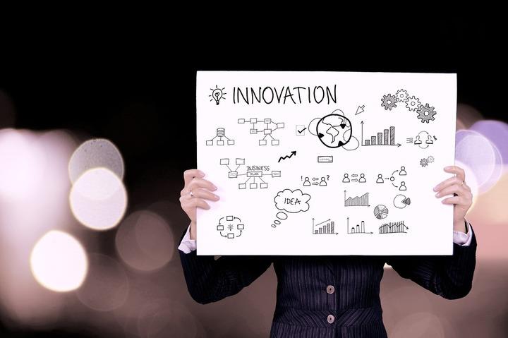 UniCredit primește finanțare europeană de 160 milioane euro pentru creditarea companiilor inovatoare din România și alte 7 țări