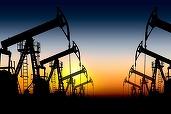 Acțiunea OMV Petrom se scufundă către minimele recente, cu petrolul pe noi maxime ale anului