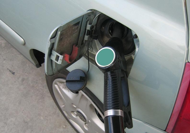 Prețul carburanților de Crăciun în stațiunile de pe Valea Prahovei și Rucăr-Bran