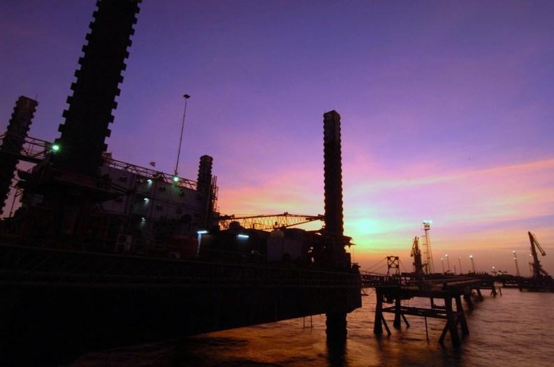 Prețul petrolului a revenit pe scădere, după avansul de săptămâna trecută