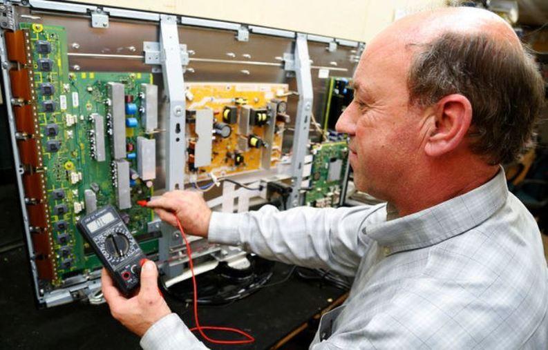 Consumatorii vor primi despăgubiri pentru electrocasnicele stricate din cauza supratensiunii din rețelele electrice
