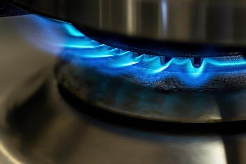 Consumatorii de gaze cu facturi restante ar putea căpăta dreptul de a cere eșalonarea datoriilor