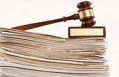 Statul a achitat într-un singur an 3 milioane euro pe consultanță juridică, pierzând pe bandă rulantă litigii la Paris