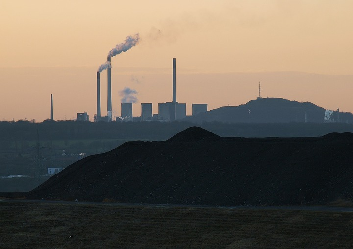 Popescu, Ministerul Energiei: Trebuie să ne opunem la Bruxelles inițiativei germane de impunere a unui preț minim al certificatelor CO2