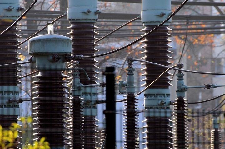 Guvernul vrea să bată în cuie povara subvenției pentru energia regenerabilă în factura de curent la 11,1 euro/MWh