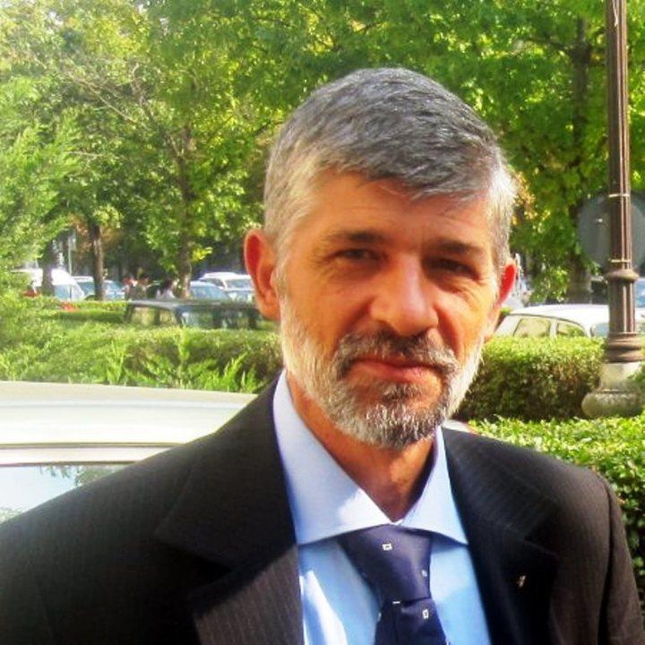 Grindeanu a pus șef la ANRM un geolog fost director în instituție, care a lucrat și pentru patronul rus al Alro în Africa
