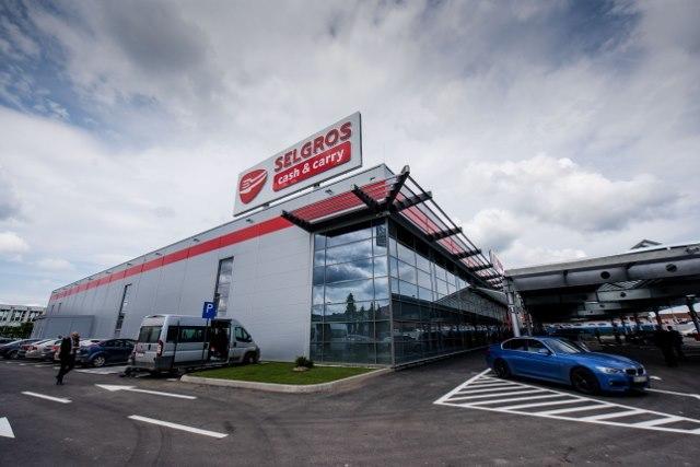 FOTO Selgros a deschis la Târgu Mureș primul magazin din noul format al rețelei