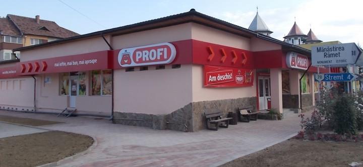 Profi a deschis 15 magazine în luna august, din care șase doar săptămâna aceasta
