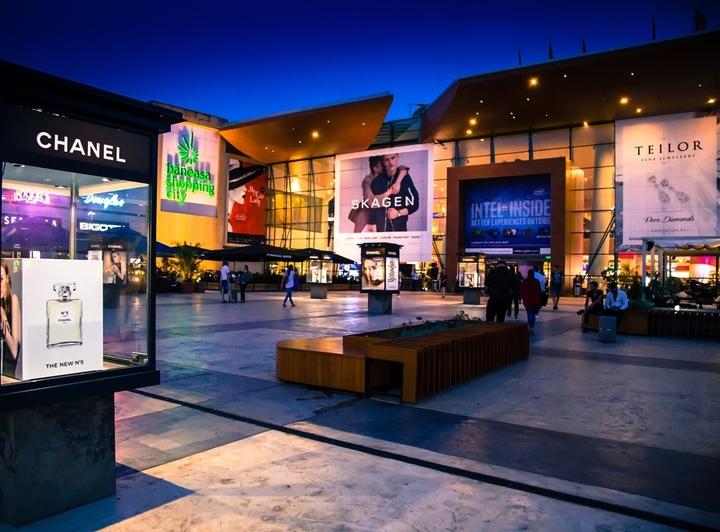 Vânzările celor peste 200 de retaileri din centrul comercial Băneasa au crescut cu 13% în acest an