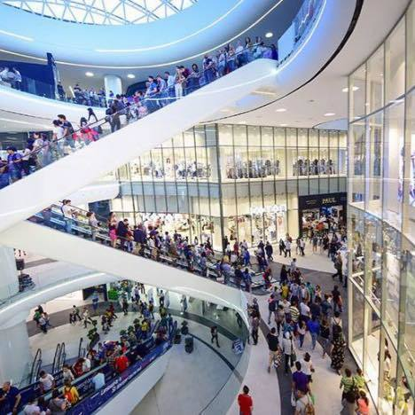 RETROSPECTIVĂ 2016 Deschiderea de mall-uri noi, bucuria retailerilor de fashion: vânzări mai mari cu 20-30% și peste 350 de magazine deschise