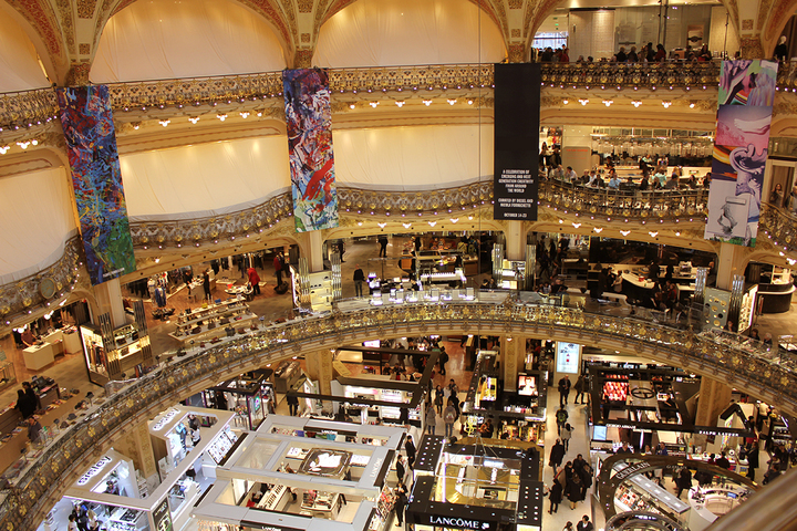 FOTO Brandul românesc de fashion Murmur va fi prezent de mâine în Galeriile Lafayette din Paris
