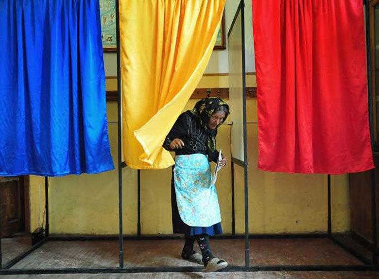 Premieră antifraudă la vot: alegătorii vor fi așteptați la urne cu o tabletă pentru scanarea datelor