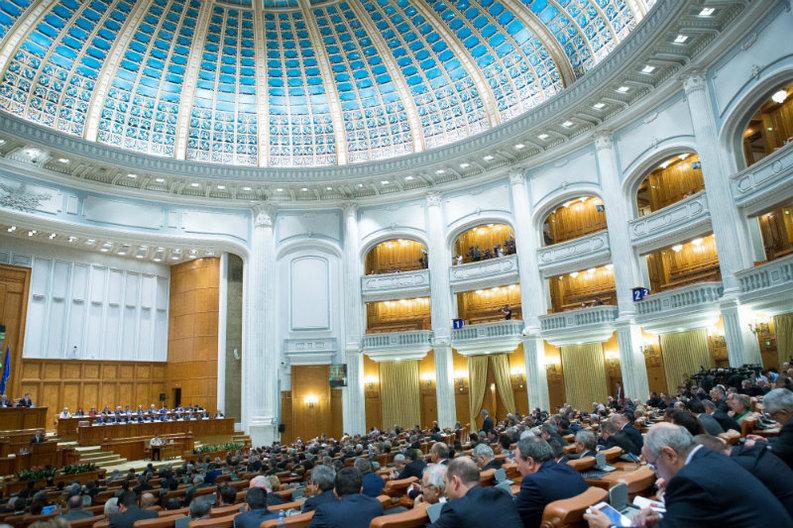 Camera Deputaților cumpără un sistem de vot de la o firmă suspectă de corupție