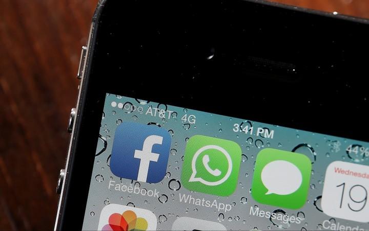 Facebook va începe să folosească date ale utilizatorilor WhatsApp pentru o publicitate mai relevantă
