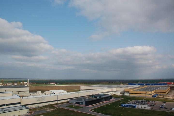 Saint-Gobain va investi într-o nouă linie de producție de sticlă pentru parbrize la Călărași și va angaja 130 de persoane
