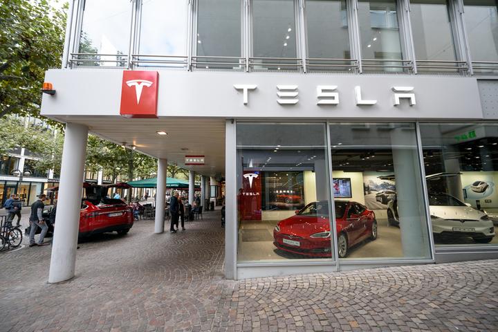 Tesla a trecut pe profit în T3, pentru prima oară în opt trimestre