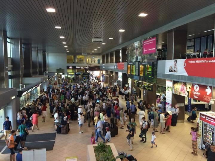 Aeroportul Otopeni intră într-o noua categorie de aeroporturi, depășind 10 milioane de pasageri în acest an