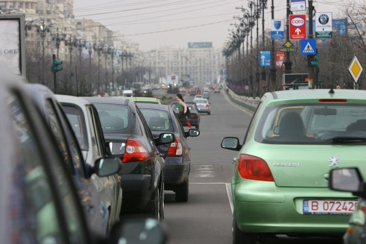 Înmatriculările de autoturisme noi au crescut în noiembrie cu 20%, de două ori mai repede decât cele de mașini uzate