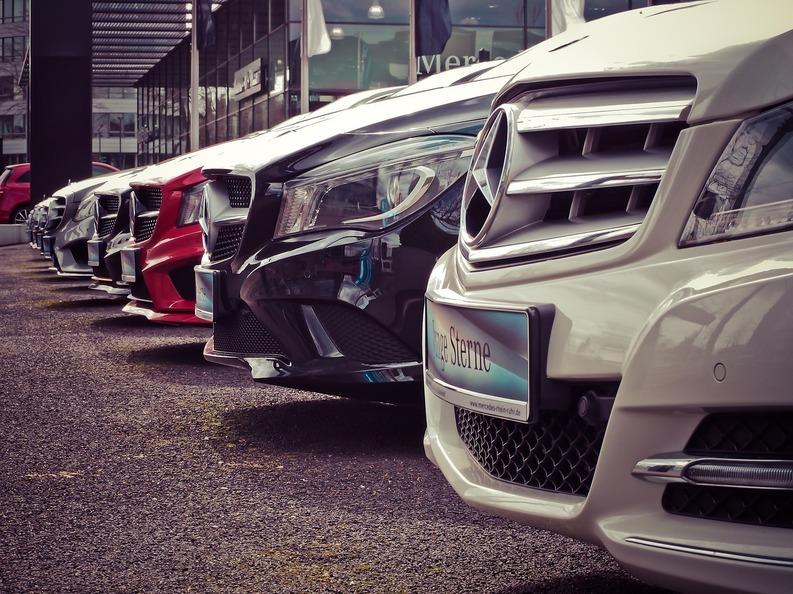 Românii au înmatriculat în 2016 aproape 300.000 de mașini second-hand și 94.919 autoturisme noi