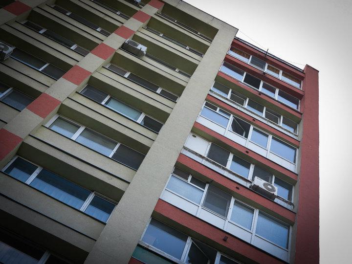 Românii au făcut aproape 300.000 de tranzacții imobiliare în primele patru luni ale anului