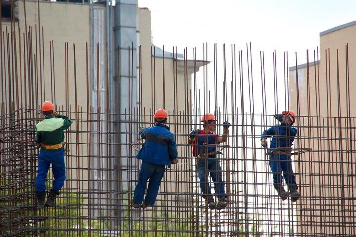 Eurostat: România a înregistrat în noiembrie cea mai mare scădere a lucrărilor de construcții din UE