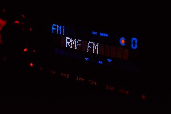 Norvegia a devenit prima țară care va renunța total la rețeaua de radio FM, în favoarea celei digitale