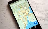 Cum creezi un traseu cu puncte intermediare în Google Maps