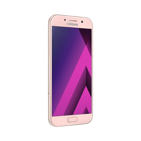 Samsung lansează trei noi smartphone-uri din gama de mijloc