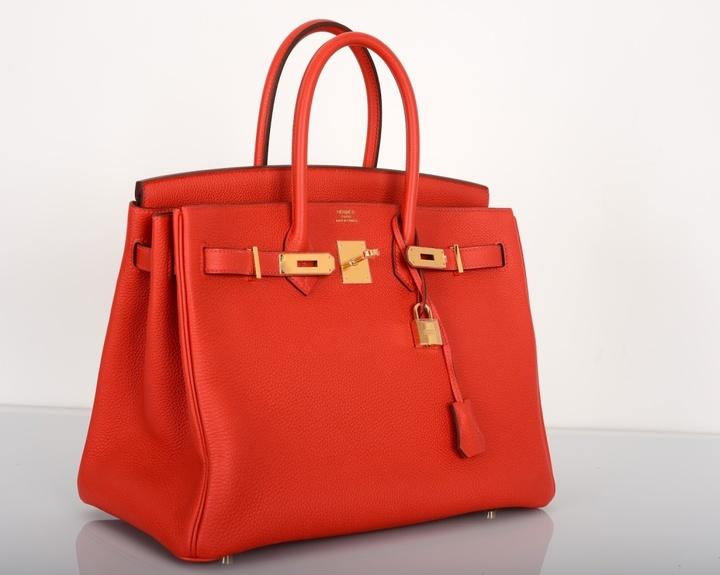 O geantă Hermes, vândută la licitație cu prețul record de 243.000 de dolari
