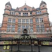 """Romanul """"Harry Potter and the Cursed Child"""" a doborât recordul american de vânzări în pre-comandă"""