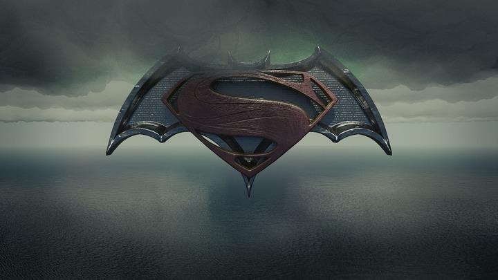 """Costume celebre din filme ale francizelor """"Superman"""" și """"Batman"""", scoase la licitație, pe 26 ianuarie"""