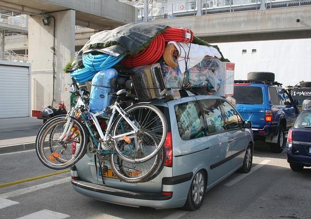 Un sfert din România a emigrat, chiar și în Congo, Guyana, Vietnam, Botswana