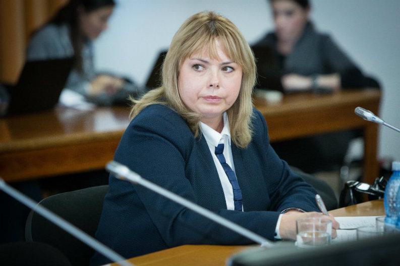 Dragu, Finanțe: România poate profita de politicile din Polonia, care îngrijorează investitorii