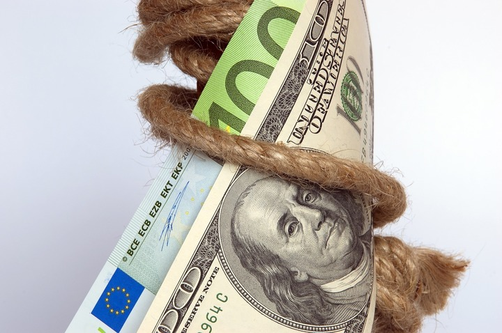 ANAF a dispus în primele 5 luni circa 350.000 popriri de conturi bancare