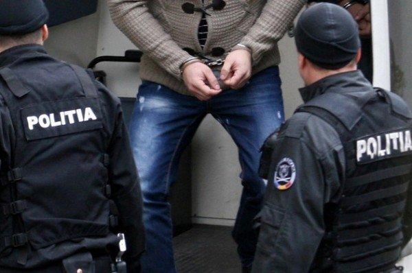 Zeci de percheziții în două județe și Capitală la persoane suspectate de evaziune fiscală