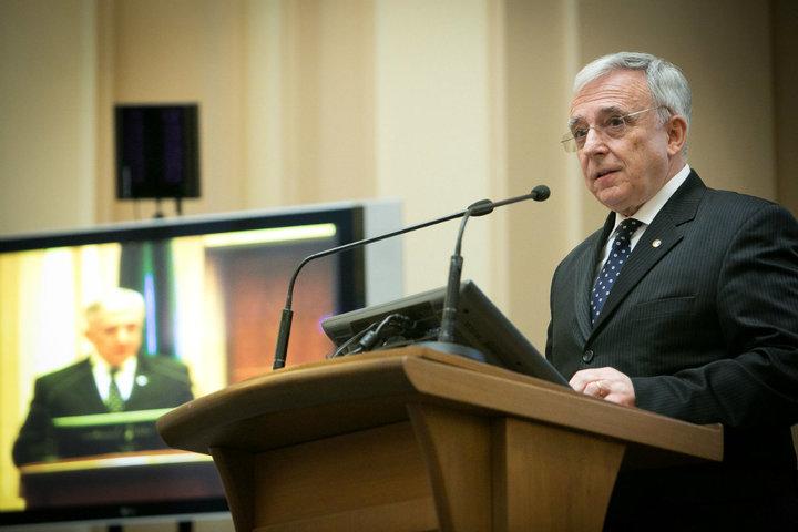 Isărescu: Nu am fost pregătiți să intrăm în UE în 2007. Dacă nu o făceam, nu știu dacă mai intram