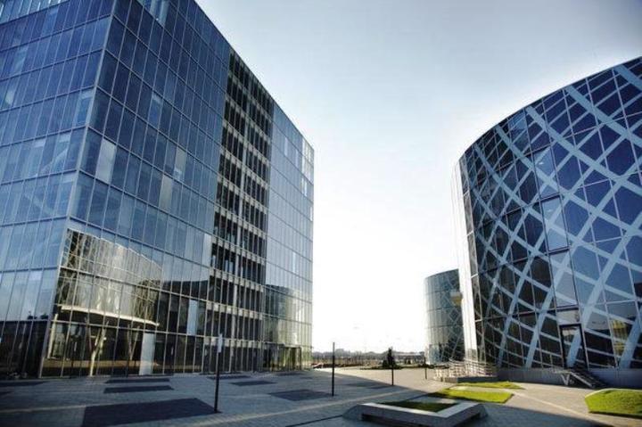 Acțiunile OMV Petrom se apreciază cu peste 2% în deschiderea ședinței de vineri a BVB